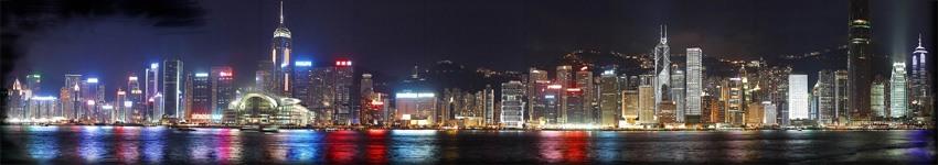 灯光夜景照明的主要方式 城市灯光夜景照明的方式多种多样。归纳起来主要有直接照明与间接照明两大类。其中直接照明又分为路灯照明、轮廓照明、点光源照明等等,间接照明可分为泛光照明、内透光照明、背投光照明等照明形式。下面对这些主要的照明方式按照分类情况作一些简要的分析。 1.